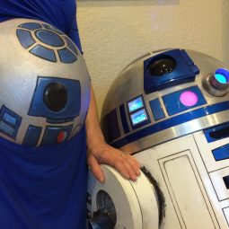 R2D2 Belly Painting- Behind the Scenes