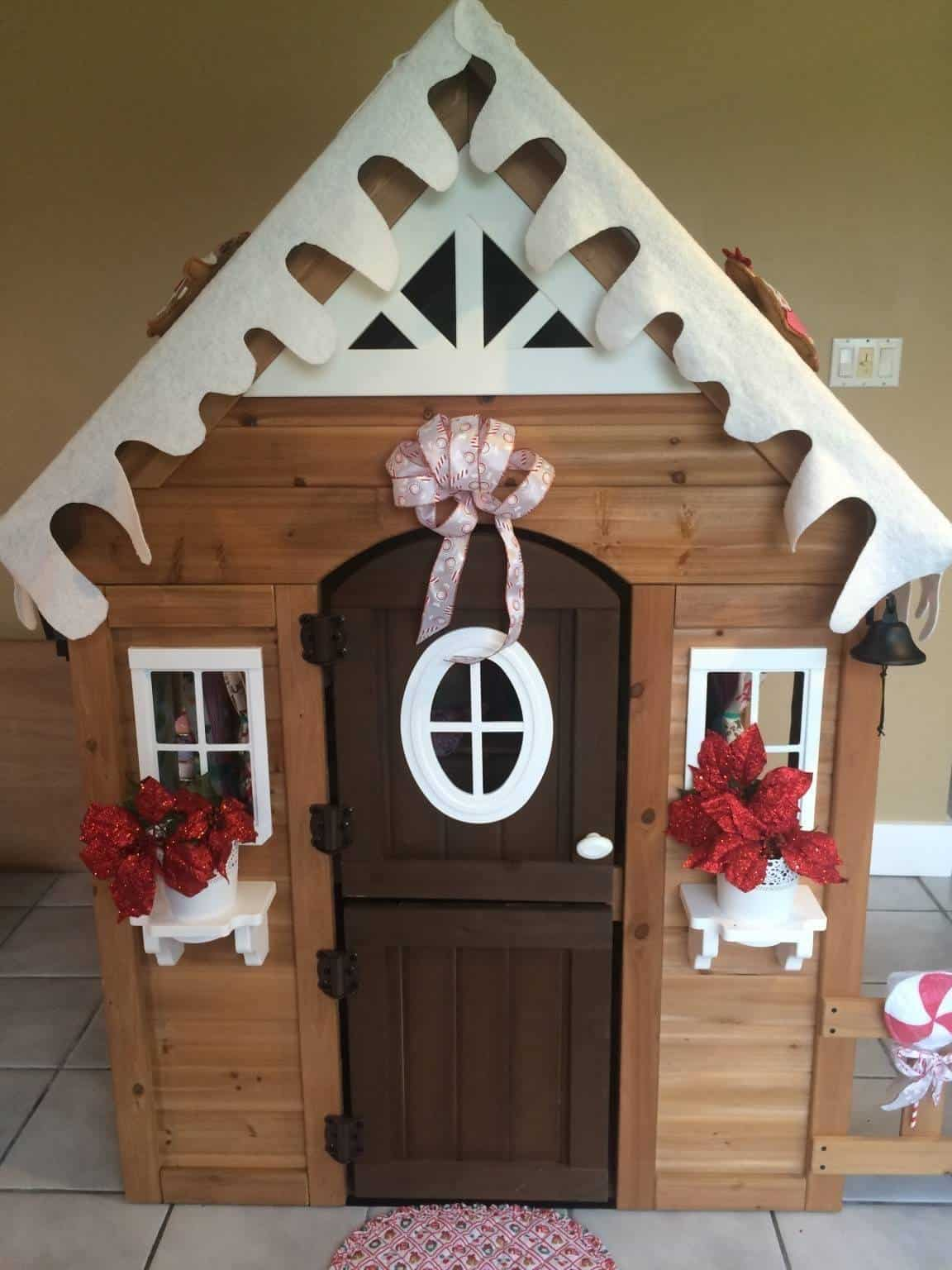 Gingerbread Play House Host Things