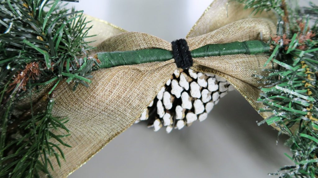 Holiday Scroll - A Host of Things