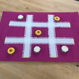 Placemat Tic Tac Toe DIY