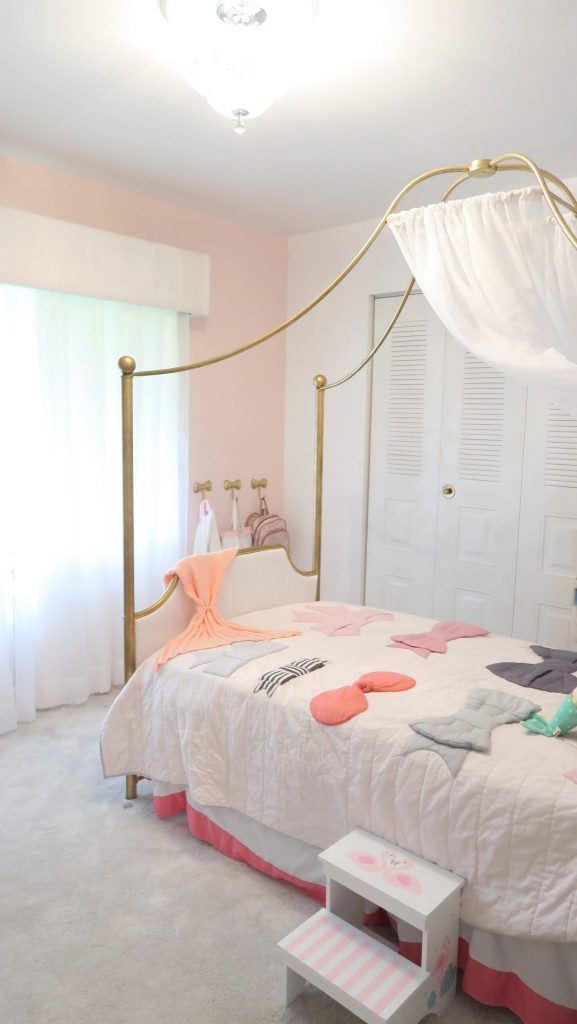 Saylor's Flamingo Room